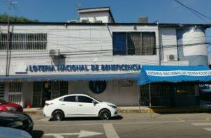 Las oficinas de la LNB en Herrera, fueron cerradas por 48 horas. Foto:Thays Domínguez
