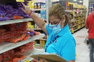 Los márgenes de comercialización establecidos son del 15% para mascarillas desechables y del 23 % para otros 10 productos.