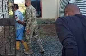 Los colombianos fueron trasladados al centro penal del corregimiento de Chiriquí. Foto: Mayra Madrid.