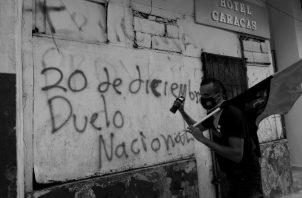 En Panamá, 24 años después, en 1989, 26 mil marines estadounidenses invadieron el país. Igual que en Dominicana, nunca se supo la cifra de muertes. Foto: EFE.