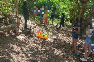 Policías condujeron a 10 personas, en el sector de Los Lotes de Pacora, quienes se encontraban recreándose en un río. Cortesía