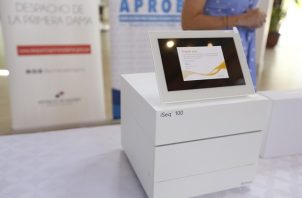 El equipo de secuenciación de células tumorales, llamado iSeq 100, está valorado en 24 mil dólares. Foto cortesía