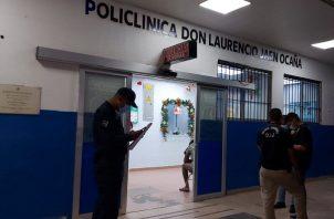 El herido fue trasladado al cuarto de urgencias de la Policlínica de Don Laurencio Jaén Ocaña del corregimiento de Sabanitas, donde se dictaminó su muerte.