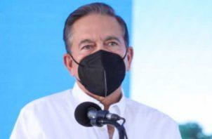 El presidente Cortizo dijo que el Gobierno no es el que contagia a la gente, si no que somos nosotros los que nos descuidamos. Foto de Víctor Arosemena