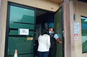 Araúz al momento que ingresaba a la sede del Ministerio Publico en David. Foto: José Vásquez