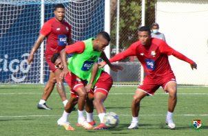 Jugadores de la seleccion panameña en los entrenamientos. Foto:Fepafut.