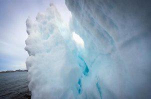 Imagen del glaciar Collins, que rodea la Base Científica Antártica Artigas de Uruguay