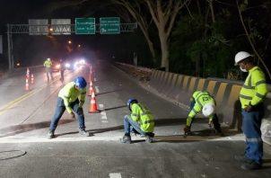 MOP ya colocó las juntas del lado Este en el Puente de Las Américas. Foto cortesía MOP