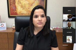 La ministra María Inés Castillo de Sanmartín dijo que existe una deuda social con las mujeres que debe ser saldada con la participación de todos los sectores del país.