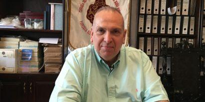 Ricardo Gago Salinero asegura que más  del 70% de su tiempo lo dedica a las  iglesias del Casco.  Juan Carlos Lamboglia