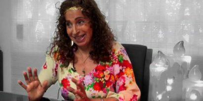 Kasandra, la mujer detrás de las cartas. Foto/Juan Carlos Lamboglia