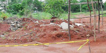 Invasión de terrenos en el Hospital Nicolás A. Solano. Foto/MLasso