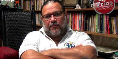 Poeta y escritor Héctor Collado. Foto/JC Lamboglia