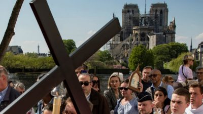 No abandonan a Notre Dame