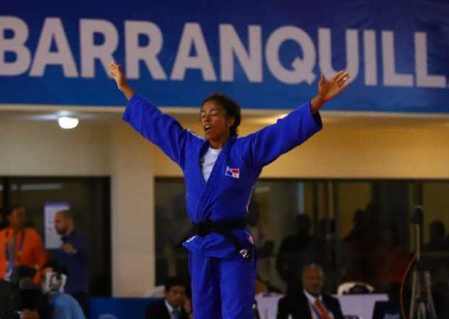 Roper ganó oro en los Juegos Centroamericanos y del Caribe en Barranquilla, Colombia. Cop