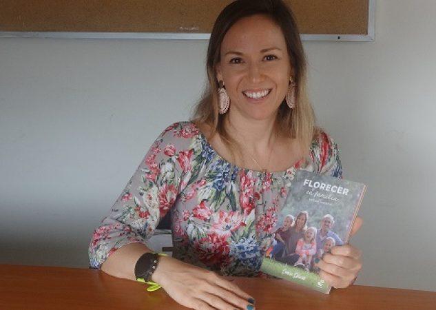 """Denise Dziwak.  Es autora del libro  """"Florecer en familia-La casa interior"""", sobre motivación y crecimiento personal. Foto: Rosalina Orocú Mojica."""