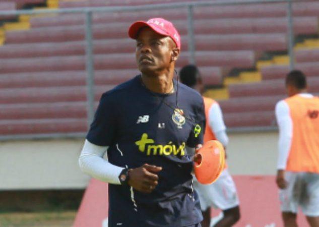 Julio Dely Valdés durante el entrenamiento de la selección Foto Anayansi Gamez