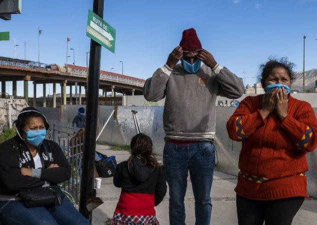 En campos de migrantes en México hay malas condiciones sanitarias. Foto / Daniel Berehulak para The New York Times.