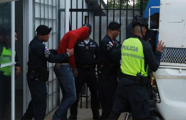 Los presuntos implicados en el asesinato del empresario santeño Eduardo Castro, tienen prontuario policial. Foto/Thays Domínguez