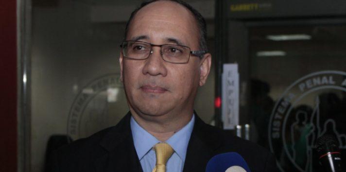 El fiscal Aurelio Vásquez habría violado el derecho a la presunción de inocencia de Ricardo Martinelli.