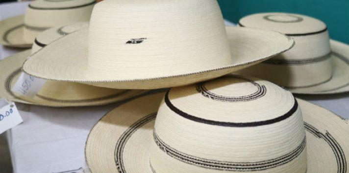 La Pintada se prepara para el Festial del Sombrero Pintao. Foto/EFE