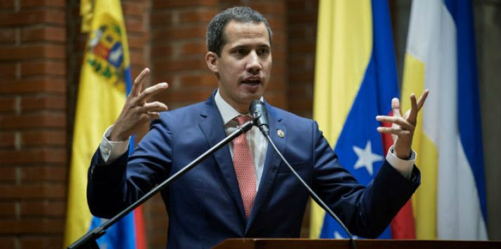 """Maduro suspendió el pasado 7 de agosto las negociaciones que tenían lugar en Barbados en vista de que Guaidó """"celebra, promueve y apoya"""" las sanciones del Gobierno de Estados Unidos."""