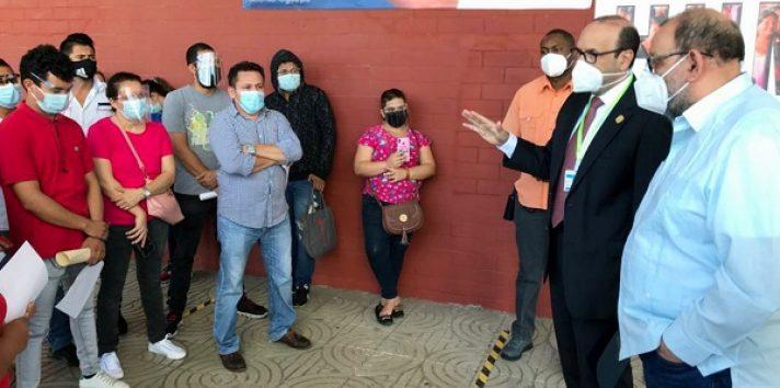El Defensor del Pueblo, Eduardo Leblanc González, ha conversado con los nicaragüenses.