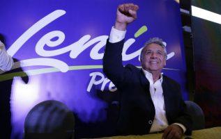El candidato oficialista a la Presidencia de Ecuador, Lenin Moreno, encabeza los resultados de las elecciones celebradas con el 38.40% de los votos. FOTO/EFE