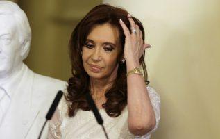 La expresidenta de Argentina en varias oportunidades a criticado al órgano judicial de su país. /Foto AP