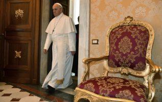 El papa espera erradicar los abusos. FOTO/AP