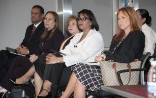 En las consultas ciudadanas se cuestionó mucho las figuras de Zuleyka Moore y Ana Tovar de Zarak. Víctor Arosemena