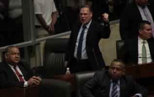 El diputado Pedro Miguel González prometió que hoy volverá a presentar la moción al Pleno. Víctor Arosemena