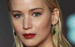 La actriz Jennifer Lawrence en los Bafta. EFE