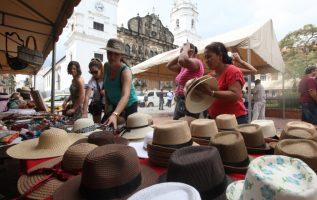 Expertos en temas de turismo indican que Panamá es un destino caro, lo que podría estar influyendo en la entrada de turistas. Archivo