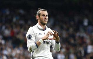 Bale se casará en mayo.