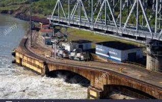 Puente giratorio de Miraflores