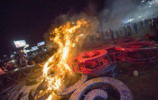 Un 'Árbol de la vida', símbolo del gobernante Frente Sandinista de Liberación Nacional (FSLN), destruido por los manifestantes. FOTO/AP