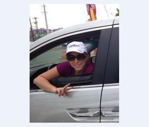 Las redes sociales se encienden y muestran imágenes de Ana Lucrecia de Zarak en plena campaña electoral.