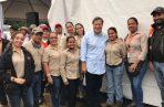 El expresidente Varela recorría a menudo las obras que le dio a Cusa y se fotografiaba con sus empleados.