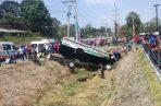 El conductor del autobús perdió la vida en este aparatoso accidente. Foto/Diómedes Sánchez