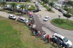 Largas filas se observaban de gente abasteciéndose de agua. Foro: Eric A. Montenegro.