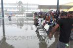 La actividad se vio empañada por un fuerte aguacero y posterior inundación. Foto/Diómedes Sánchez