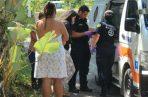 Bomberos les dieron los primeros auxilios a las mujeres. Foto: José Vásquez.