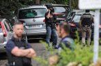 La policía francesa arrestó a cuatro sospechosos luego de una explosión en la ciudad de Lyon que hirió a 13 personas la semana pasada. FOTO/AP