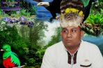 """""""La enseñanza de nuestros ancestros es que los bosques permanezcan intactos"""", dice el rey naso, Reynaldo Santana. /Foto Víctor Arosemena"""