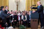Jim Acosta durante una conferencia en la Casa Blanca fue increpado por el presidente Donald Trump. FOTO/EFE