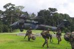 El comandante de la Séptima División del Ejército, general Juan Carlos Ramírez, explicó que los soldados desmantelaron un campamento de comunicación y entrenamiento para hombres del Clan del Golfo. Señaló que la operación se hace por tierra y aire, así que se pueden escuchar algunas explosiones, en declaraciones a RCN Radio.