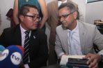 Arquesio Arias convocó a rueda de prensa en compañía de su abogado. Víctor Arosemena