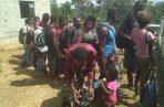 A su ingreso al albergue, a la  comunidad  de La Peñita en Darién, a los migrantes se les brinda asistencia médica.
