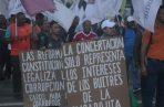 Más grupos de la sociedad civil hacen presión para que se elimine el paquete de reformas. Foto: Victor Arosemena
